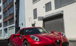 2015 Alfa Romeo 4C Photos (17)