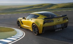 2015 Chevrolet Corvette Z06 Photos  (2)