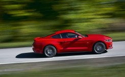 2015 Ford Mustang Photos (26)