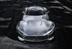 (Video) 2015 Mercedes – Benz AMG Vision Gran Turismo Concept – Official Promo